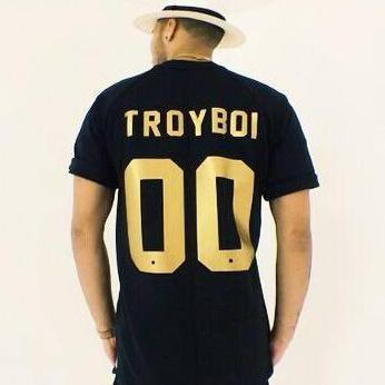 دانلود آهنگ Do You Love Me از TroyBoi
